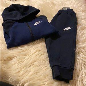 Nike boy's set